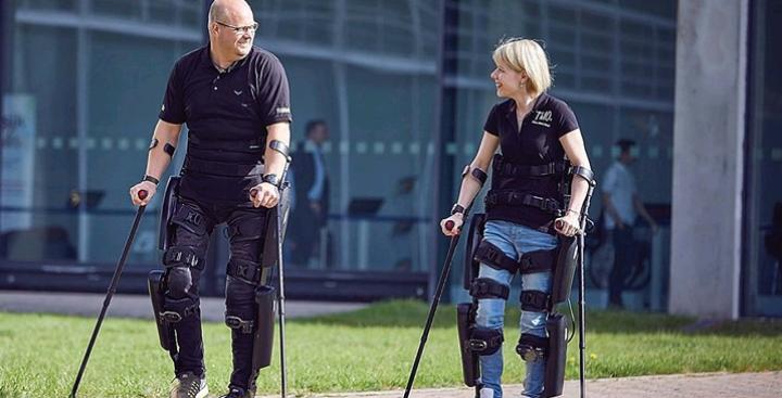 Tecnologia israelense permite que paraplégicos voltem a caminhar