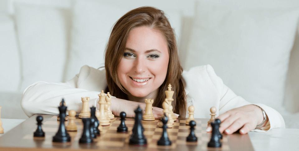 Imperdível o áudio da  Lucélia, professora de xadrez adaptado!  Ela é cadeirante, portadora de neuromielite e deficiência visual total, Poderosíssima!!!!!!!!!
